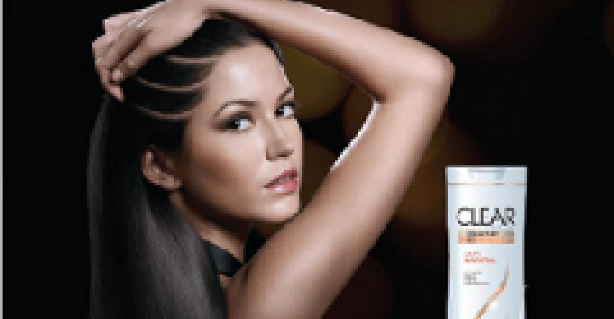Participa gratuit la testarea pielii capului oferita de CLEAR!