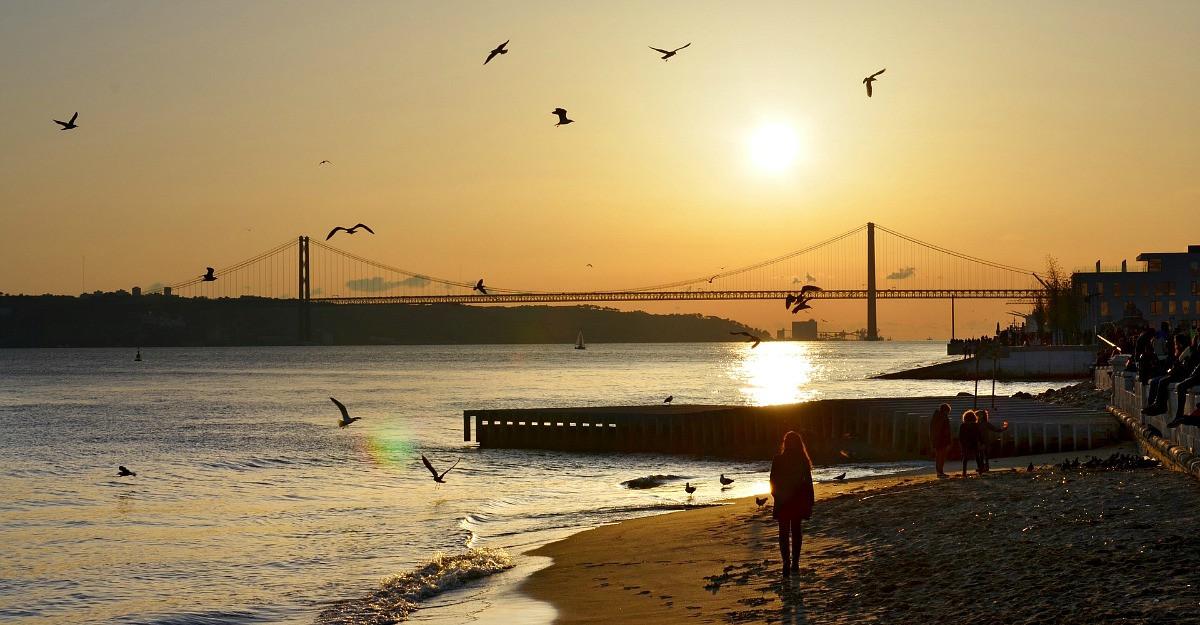 City break la Lisabona: ce trebuie să știi despre gazda celei mai mari competiții muzicale europene în perioada 8-12 mai