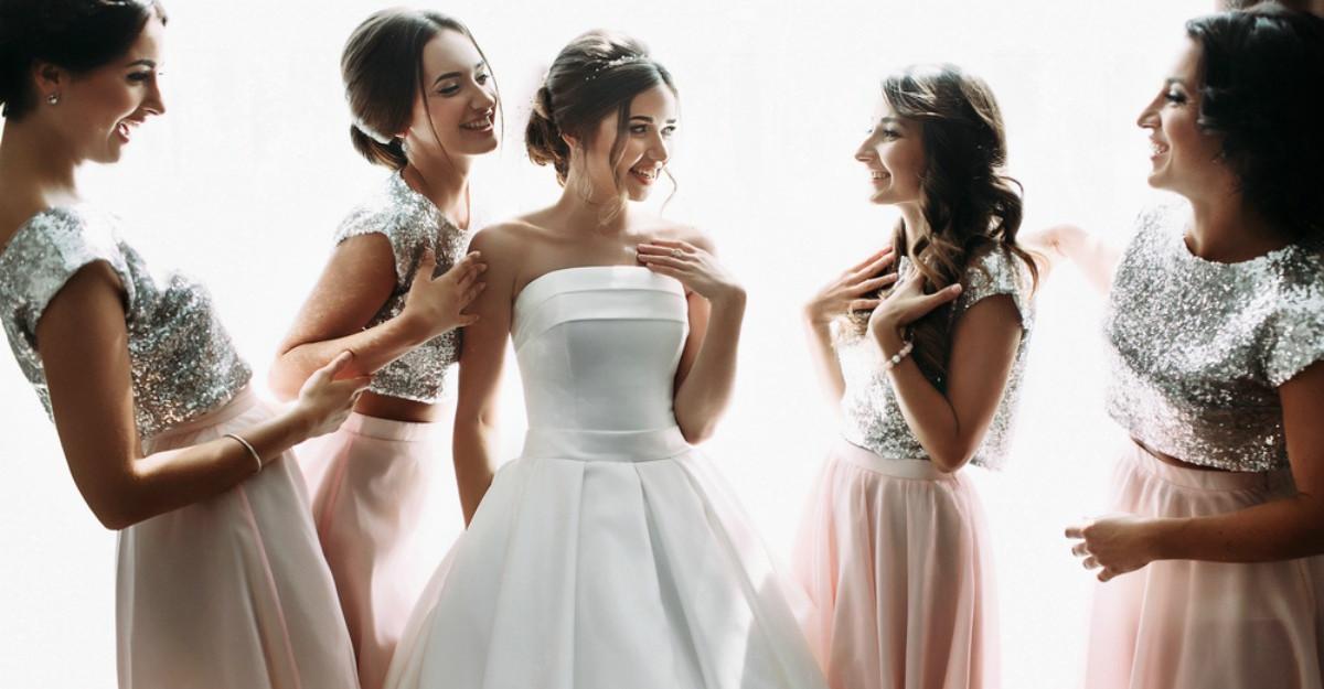 Ce sa faci in timp ce prietenii tai se casatoresc? 17 lucruri importante de bifat
