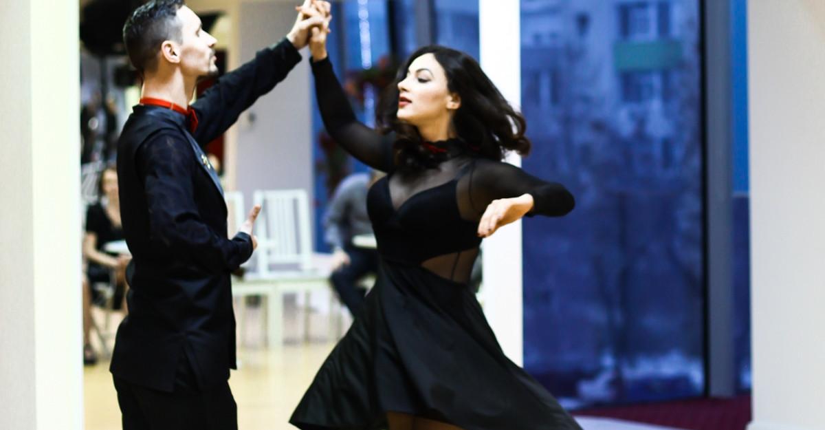 Beneficii ale dansului de care să te bucuri în acest sezon la Scoala de Dans Arthur Murray
