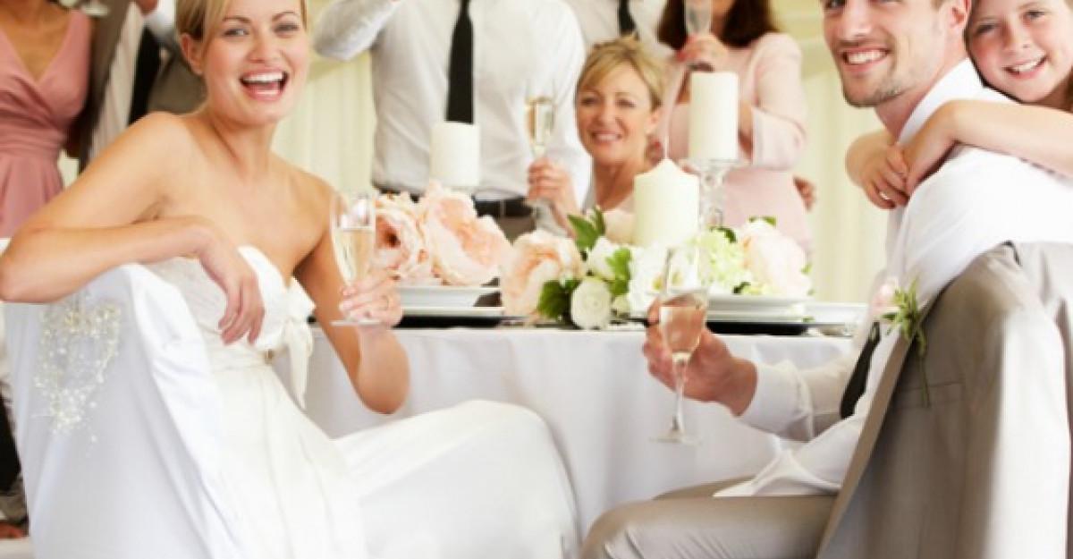 5 obiceiuri ale celor mai apreciati invitati la nunta