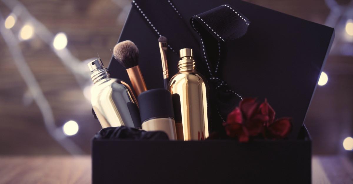 7 magazine online unde gasesti cosmetice profesionale de salon