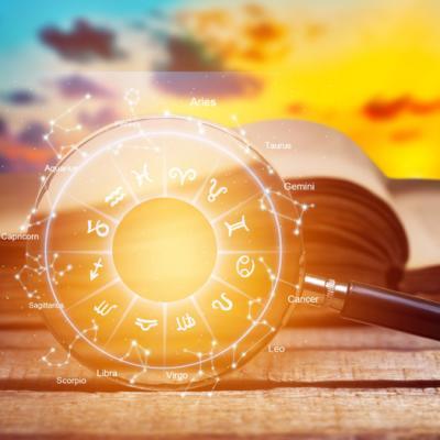 Horoscopul lunii noiembrie 2020 pentru fiecare zodie: decizii importante și furtuni amoroase