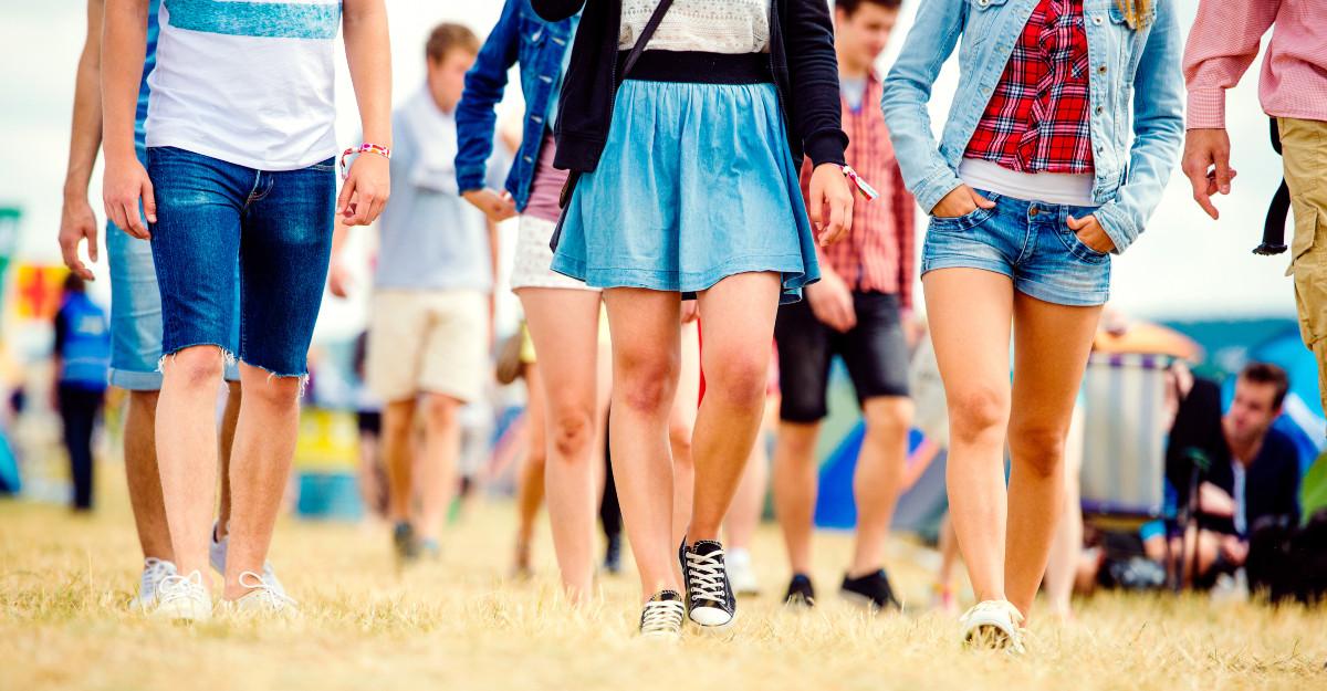 Încălțăminte pentru festival - confortabilă și la modă