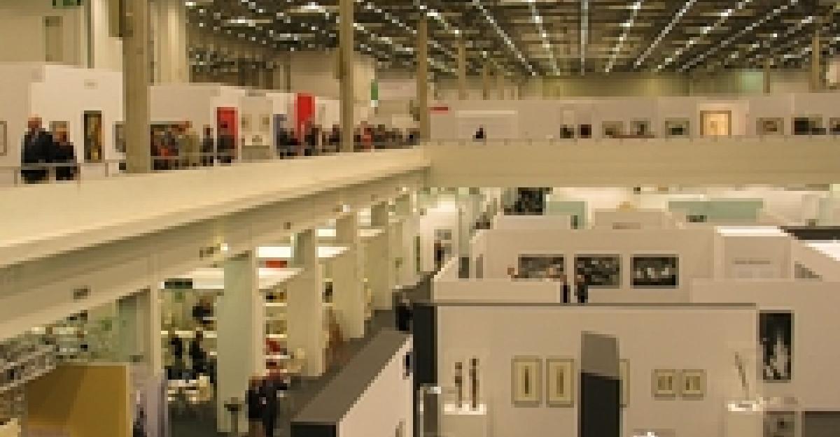 Germanwings zboara spre Art Cologne