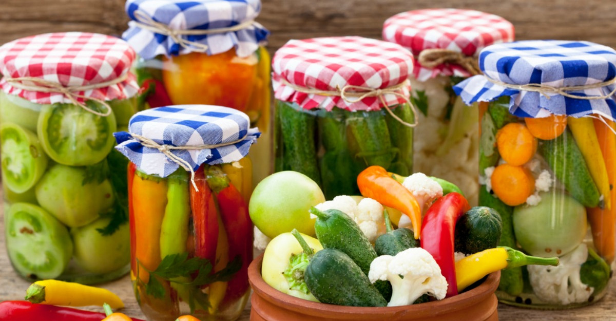 Dieta-fulger cu muraturi topeste 2 kg in 3 zile
