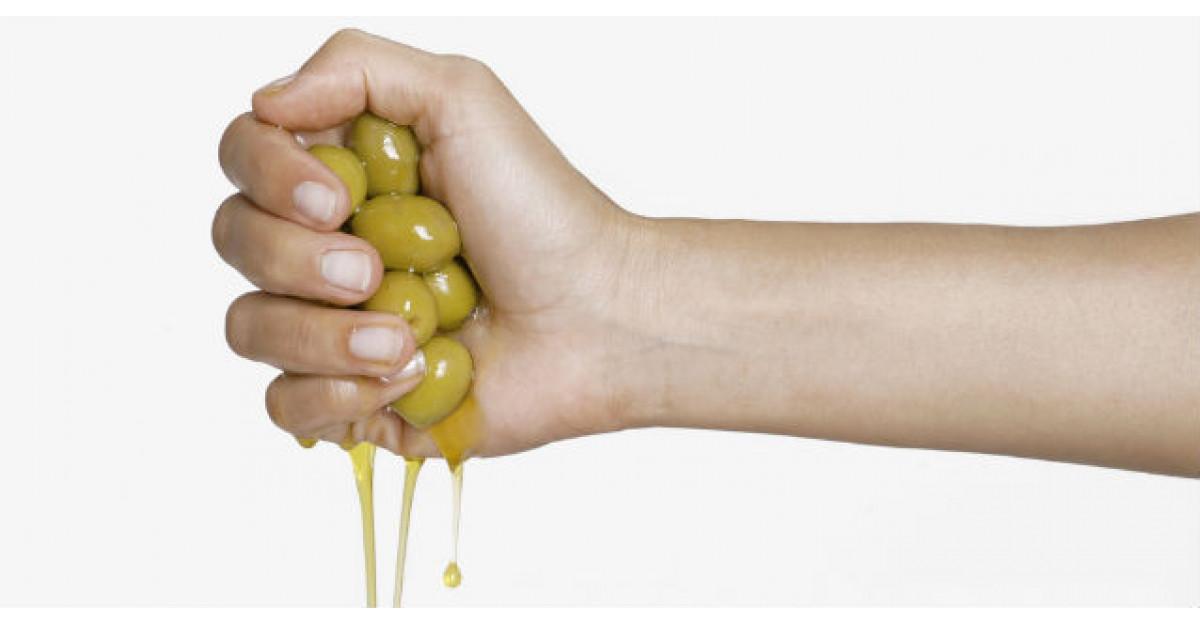 Ce se intampla daca masati palmele cu ulei de masline