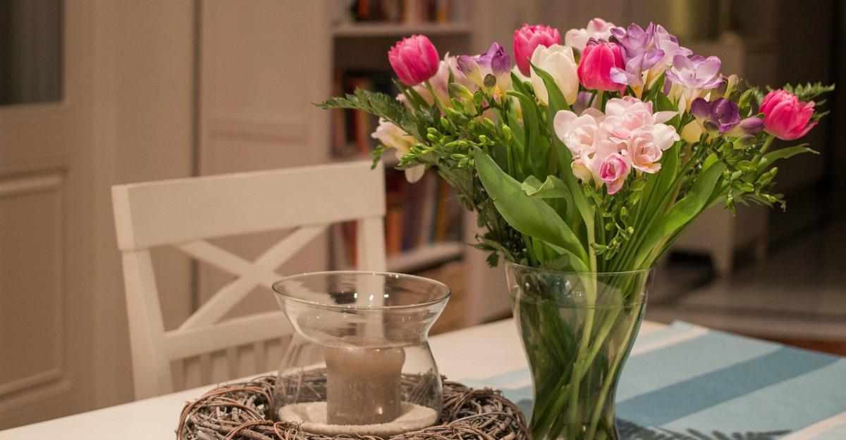 Cum îți poți decora casa cu flori