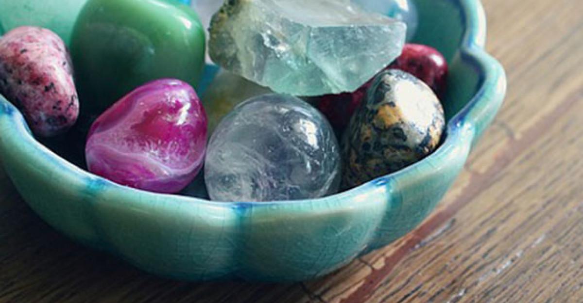 Top 7 cristale care ajuta in vindecare