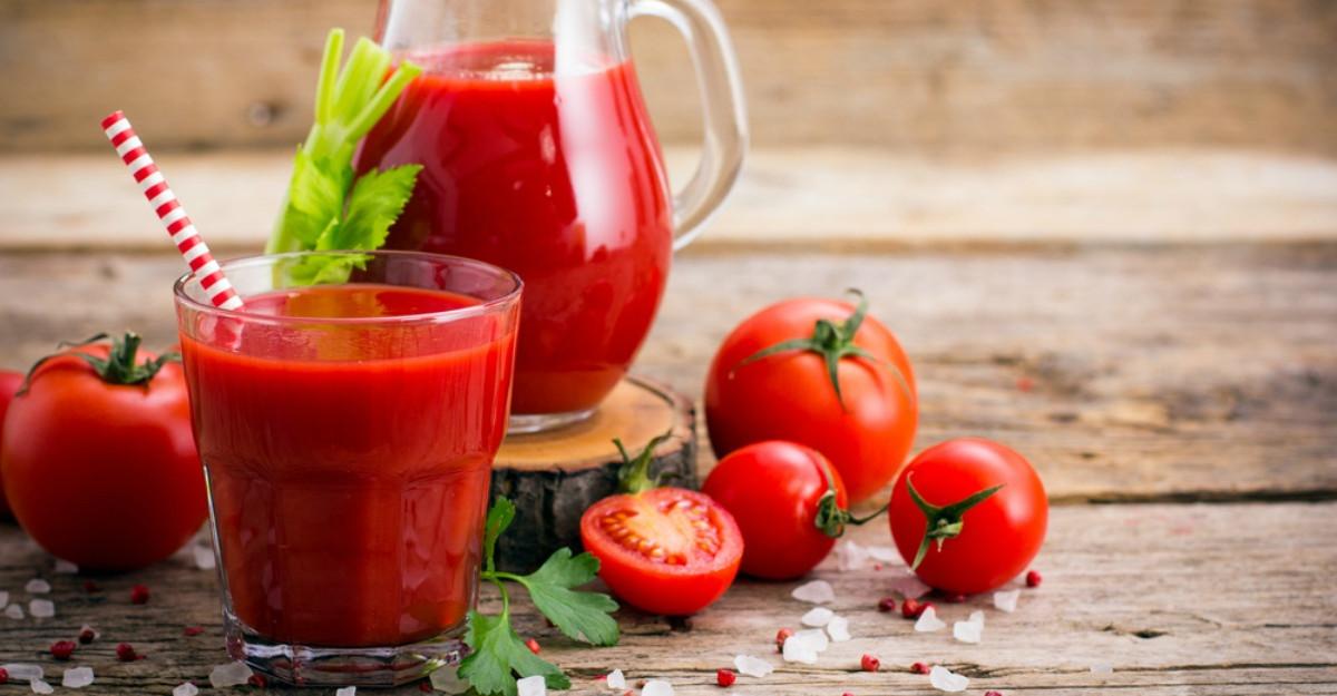 Beneficiile sucului de roşii