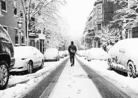 Parerea lui Radu: Sunt tari in care ninge si tari atacate de ninsoare