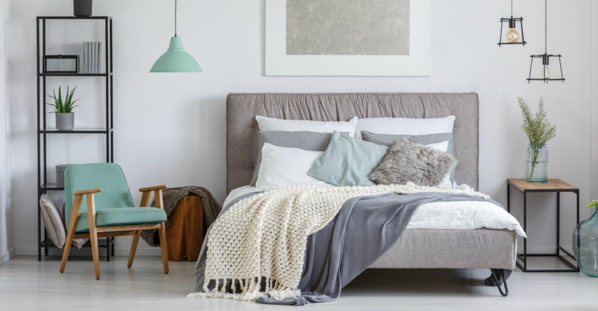 5 cuverturi de dormitor: imprimeuri deosebite pentru seri liniștite