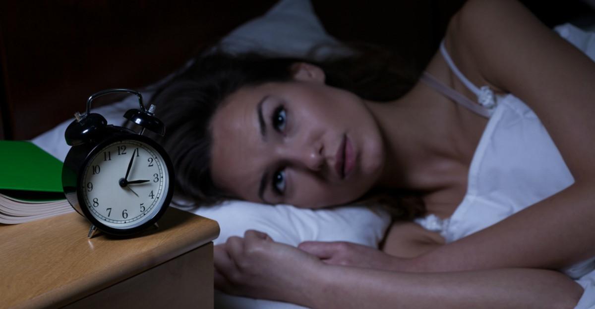 Te trezesti in miezul noptii la aceeasi ora? Iata care este motivul