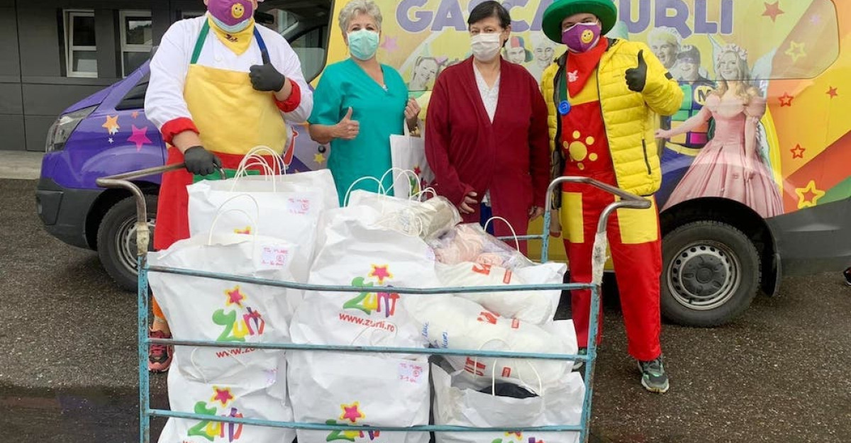 S-a încheiat cea mai frumoasă campanie Zurli pentru copiii bolnavi de cancer, Ziua Eșarfelor Colorate