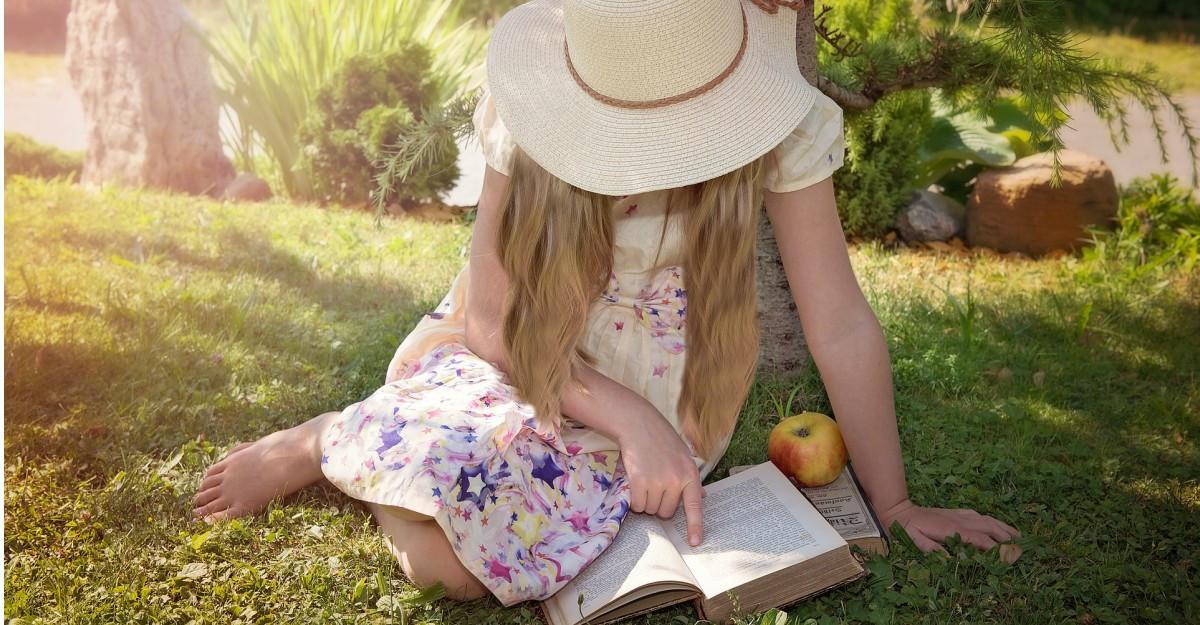 Din top 100 cărți pentru copii ale momentului