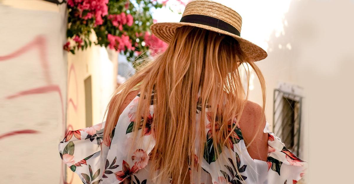 Pălării pentru vacanța de vară: modele pe care poți să le iei cu tine de la plecare