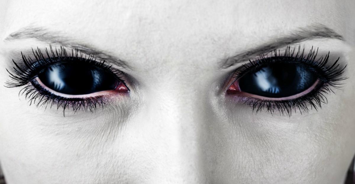 7 Comportamente toxice pe care oamenii falși le afișează tot timpul