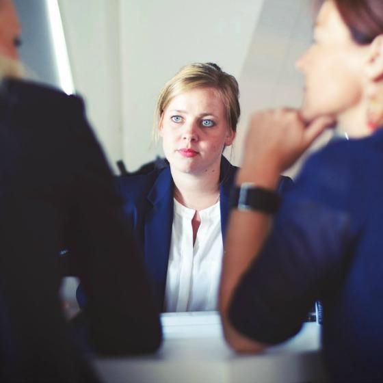 Cum trebuie sa te imbraci la interviul de angajare!