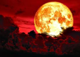 Eclipa de luna de pe 16 iulie aduce schimbari masive pentru aceste trei zodii. Le va alinia cu scopul vietii lor