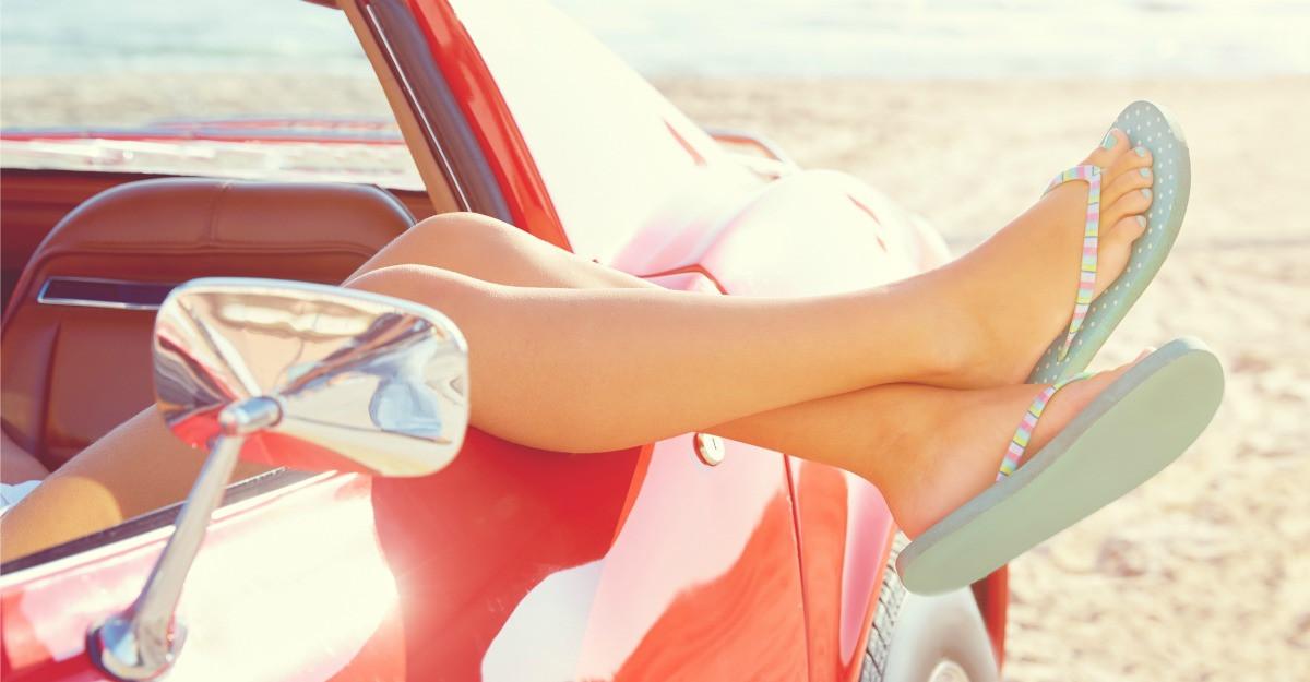 Cele mai bune modele de sandale, daca vrei sa ai picioare sanatoase
