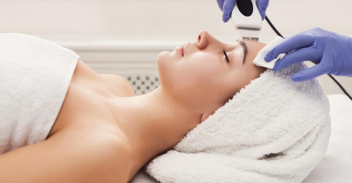 Cele mai eficiente 3 echipamente de medicină estetică pentru o piele perfectă!