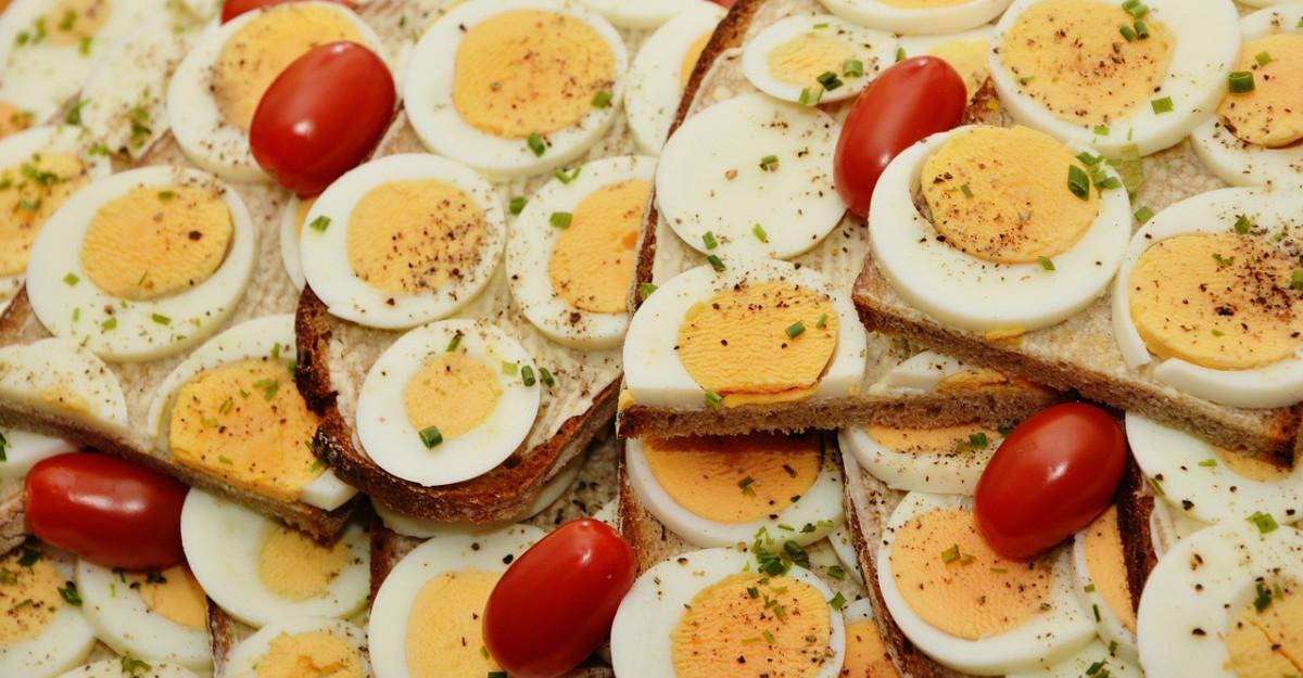 3 idei de mic dejun sarat, rapid, sanatos si cald: Te ajuta sa economisesti timp dimineata