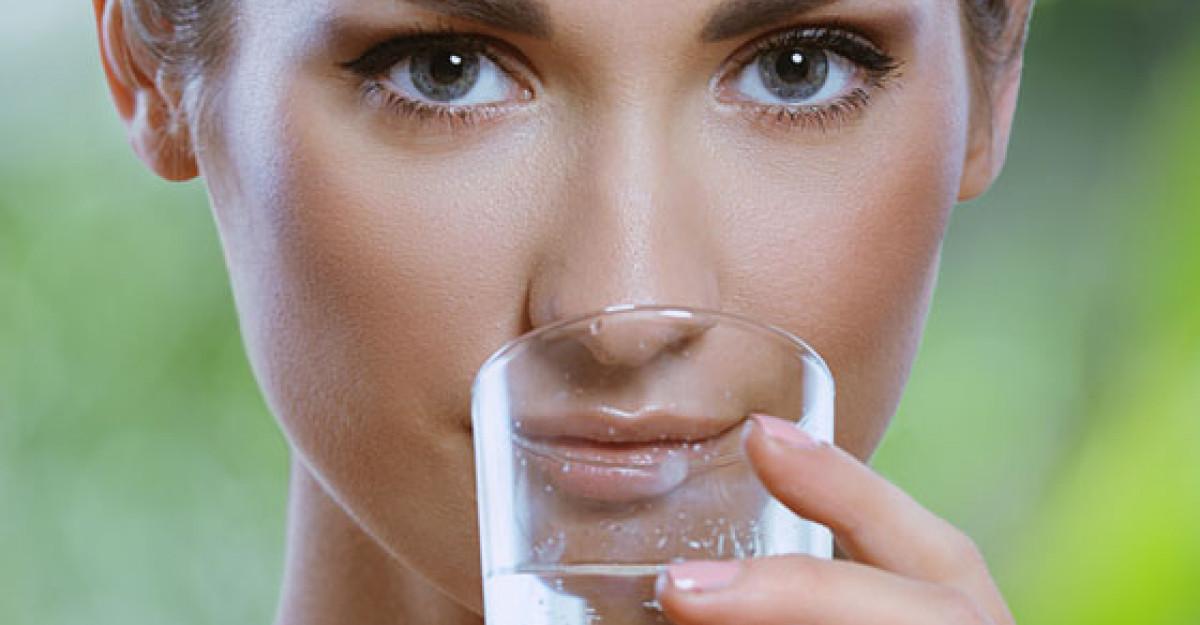 Citeste AICI: Ce se intampla in corpul tau cand bei apa pe stomacul gol