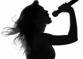 Cum sa iti folosesti vocea pentru a iti vindeca sufletul si corpul