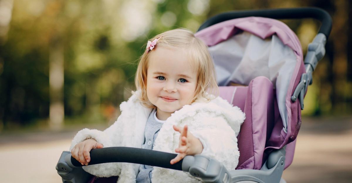 Cărucioare pentru copii: modele 3 în 1 pentru plimbările bebelușilor