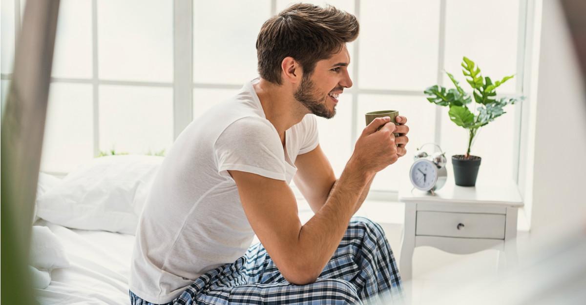 Pijamale de barbati: uite ce sa-i iei pentru leneveala in doi!