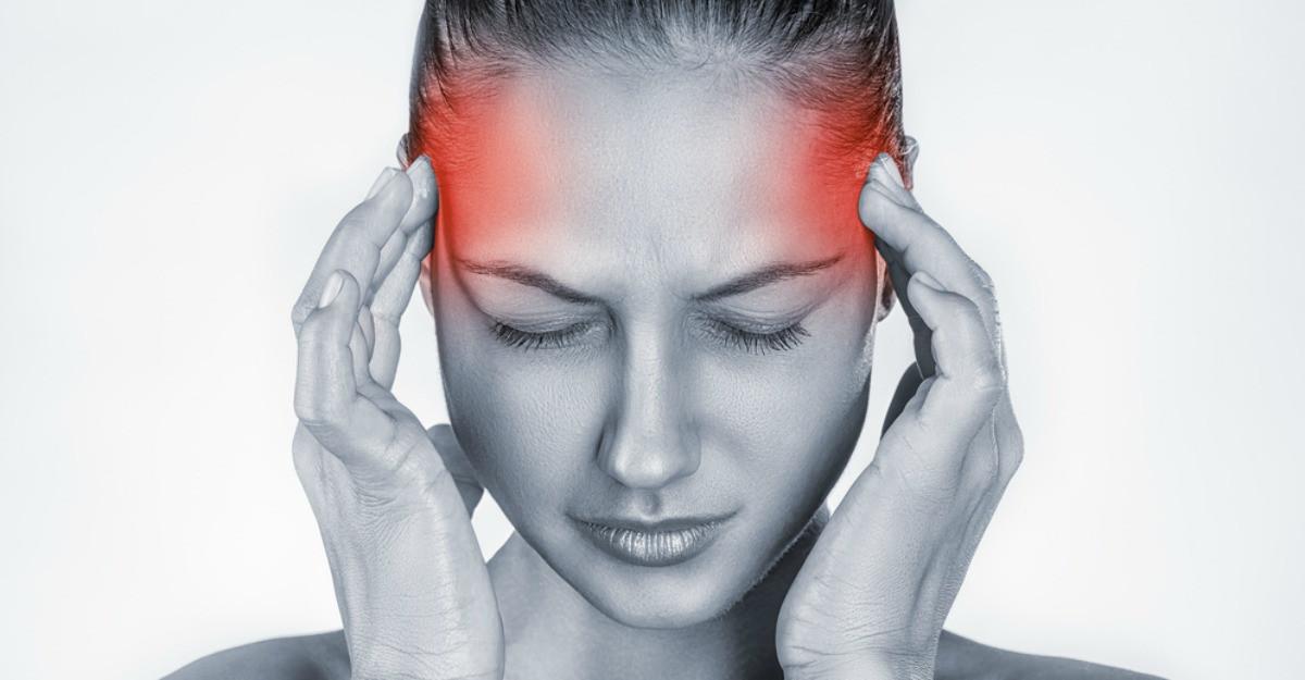 Cum recunosti anevrismul cerebral: simptome, cauze si tratament
