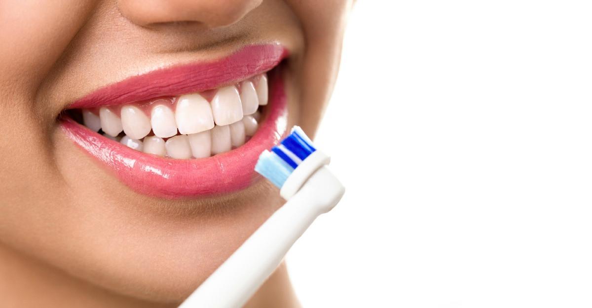 Periute de dinti electrice: top cele mai apreciate online