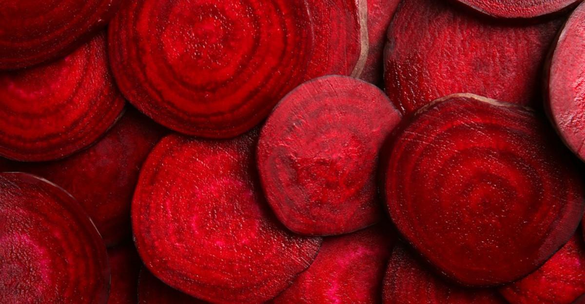 Zece motive pentru care ar trebui sa consumi sfecla rosie in fiecare zi
