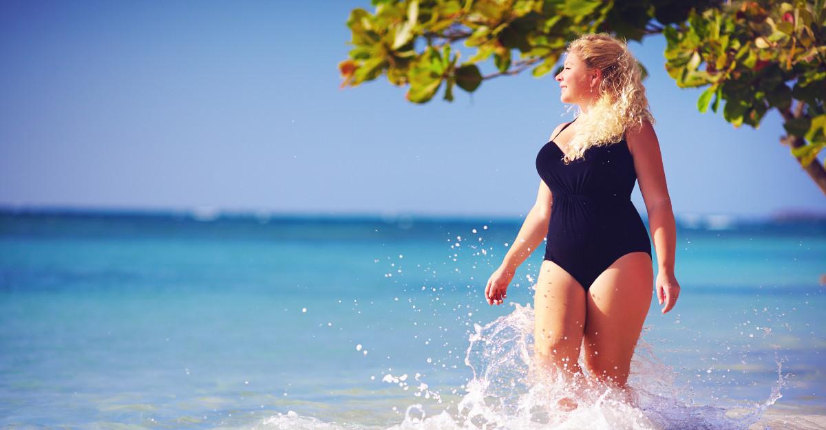 Costume de baie mărimi mari pentru o vară 2019 fără griji