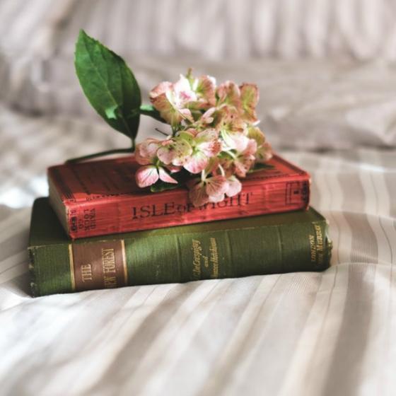 7 cărți de oferit cadou pentru fiecare din lista ta!