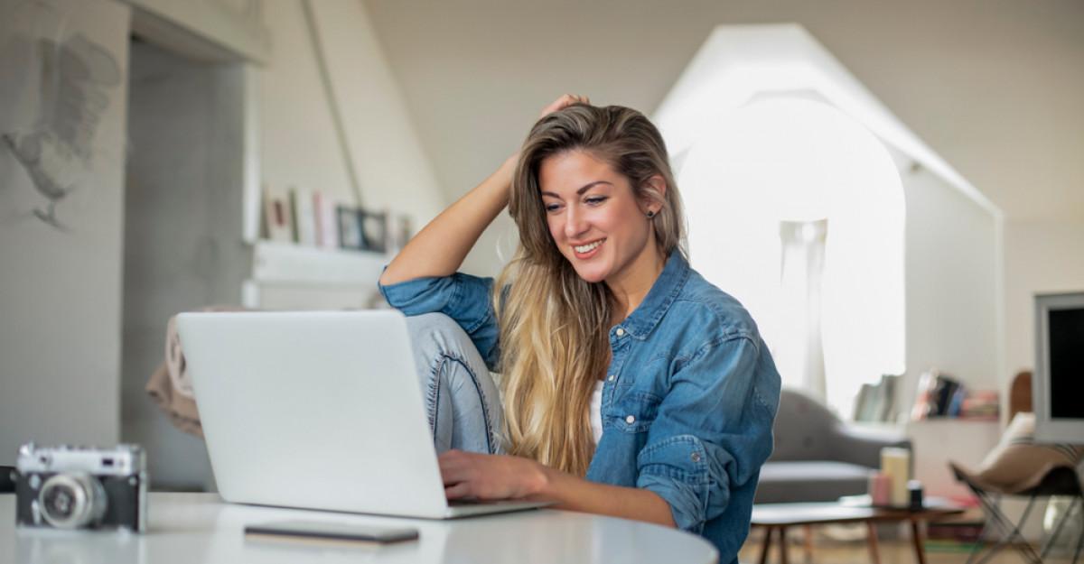Biroul de acasă: Accesorii și mici piese de mobilier pentru confortul și eficienta ta!