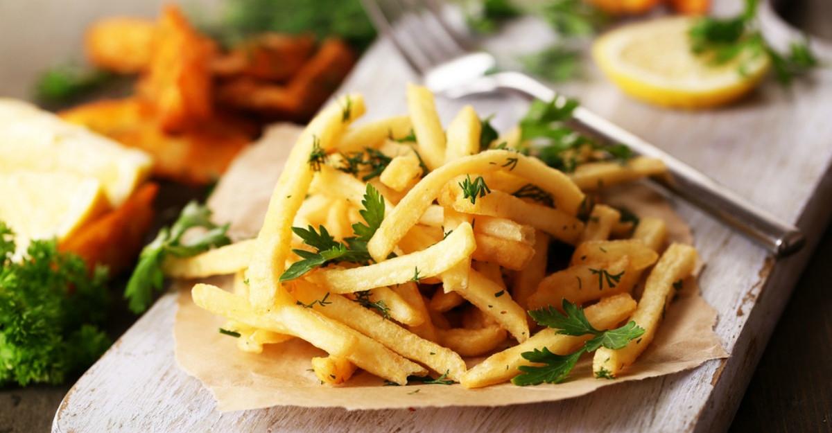S-a aflat adevaratul motiv! De ce ne plac atat de mult cartofii prajiti si pastele?