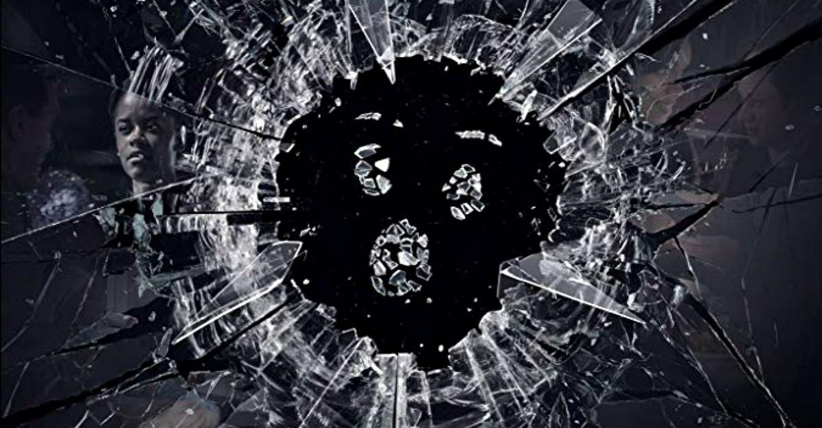 Black Mirror se întoarce cu mult-așteptatul sezon cinci miercuri, 5 iunie, exclusiv pe Netflix.