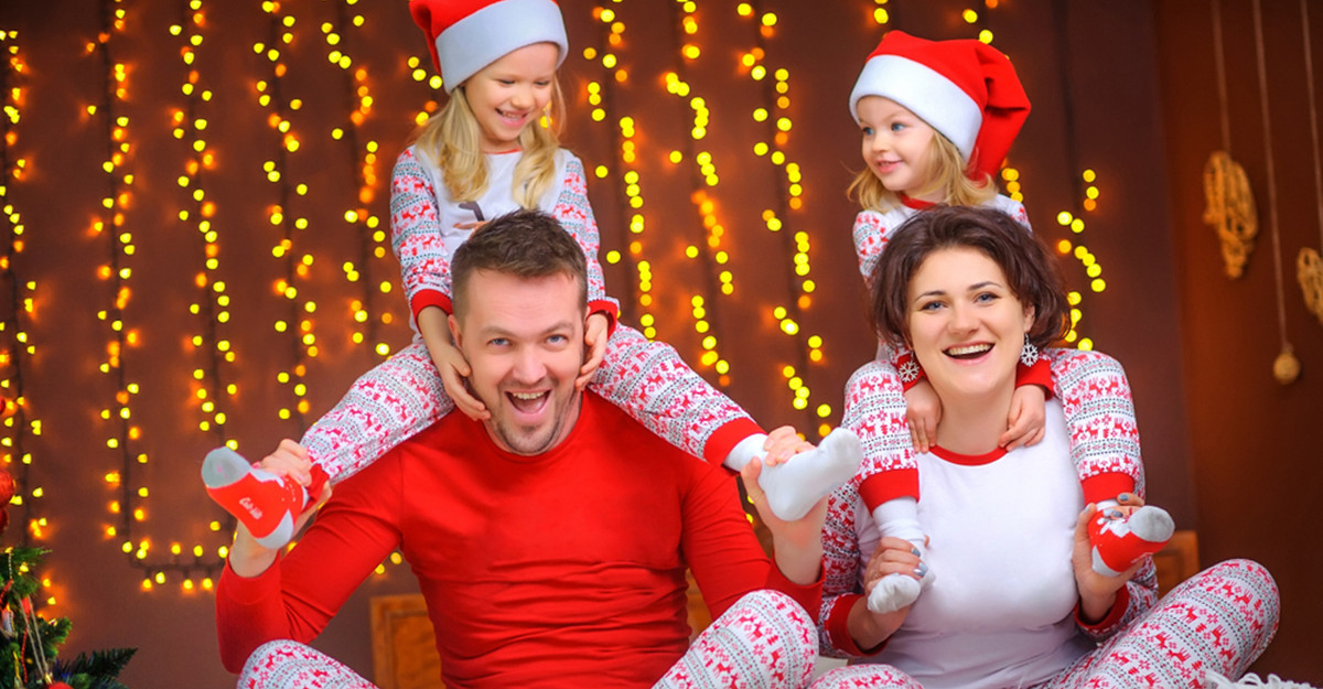 Cele mai frumoase Pijamale de Crăciun: pentru femei, bărbați și copii
