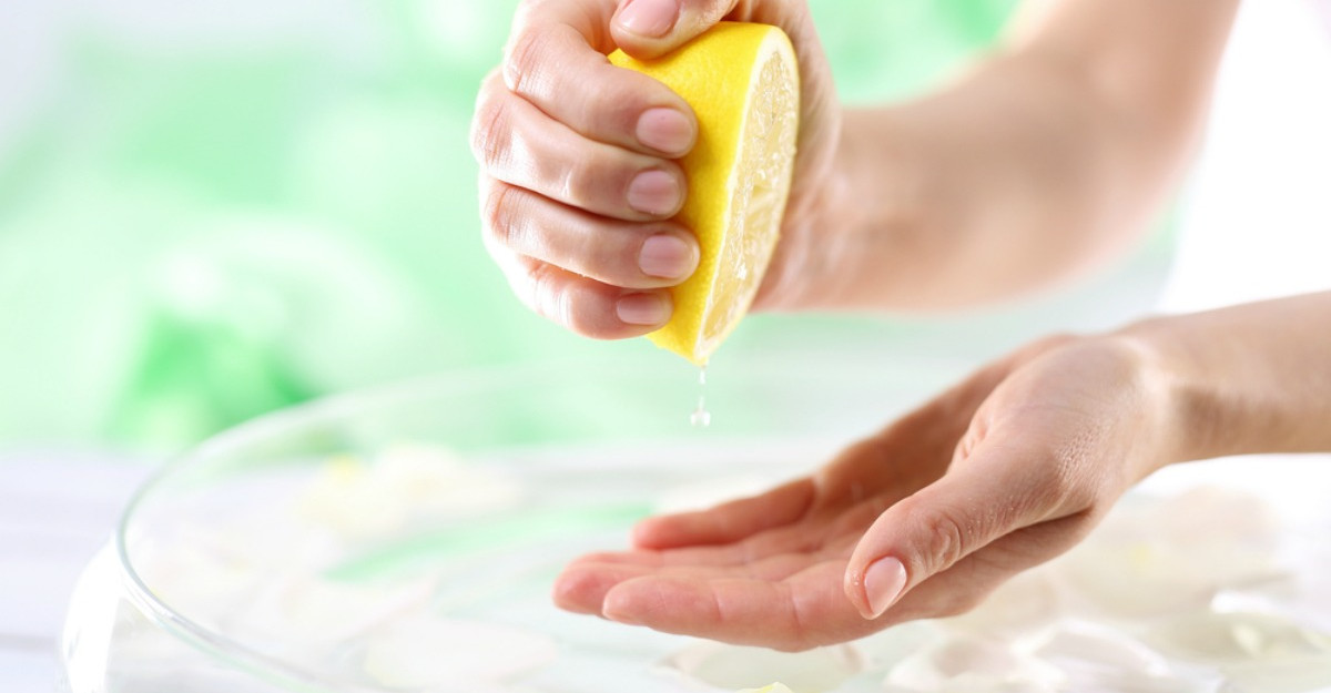 De ce sa NU mai folosesti sucul de lamaie in ingrijirea pielii si parului