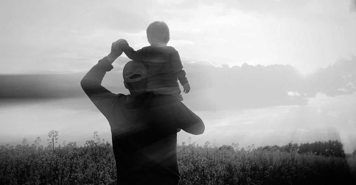 Parerea lui Radu: A fi parinte acum nu mai e ce-a fost