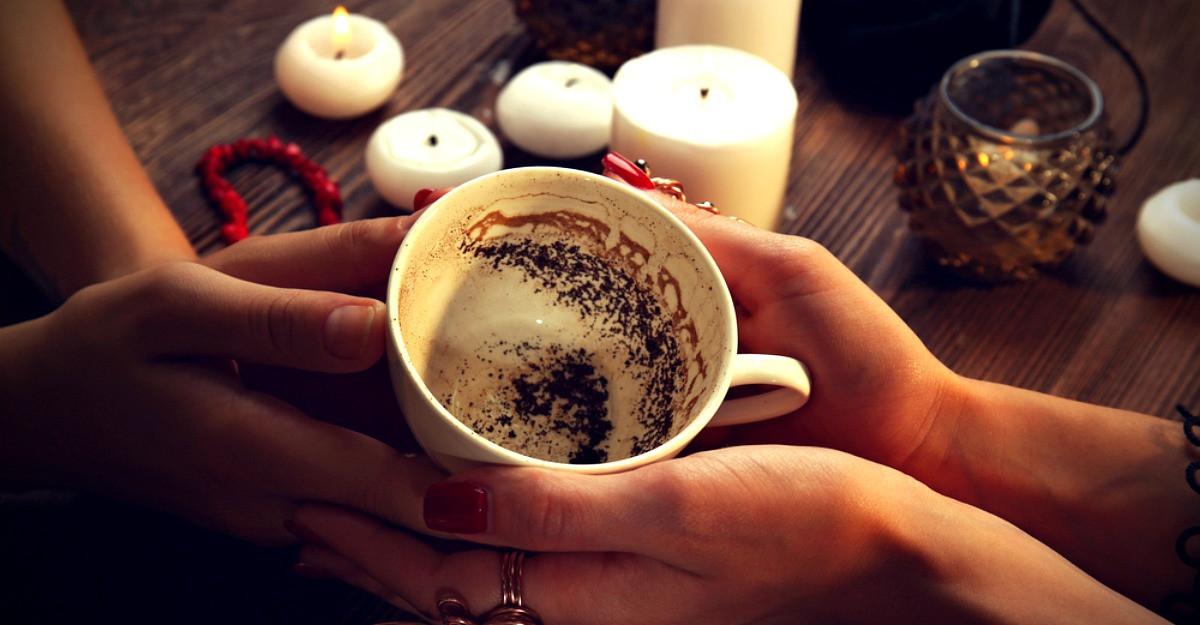 Ezoteric: Arta ghicitului in cafea - cum sa interpretezi simbolurile care apar