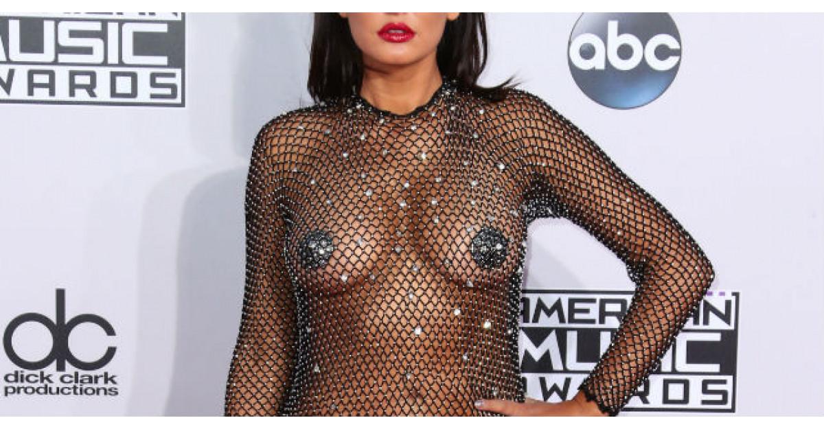Foto: Asta numesti tu rochie? Ce vedeta a aparut imbracata asa pe covorul rosu?