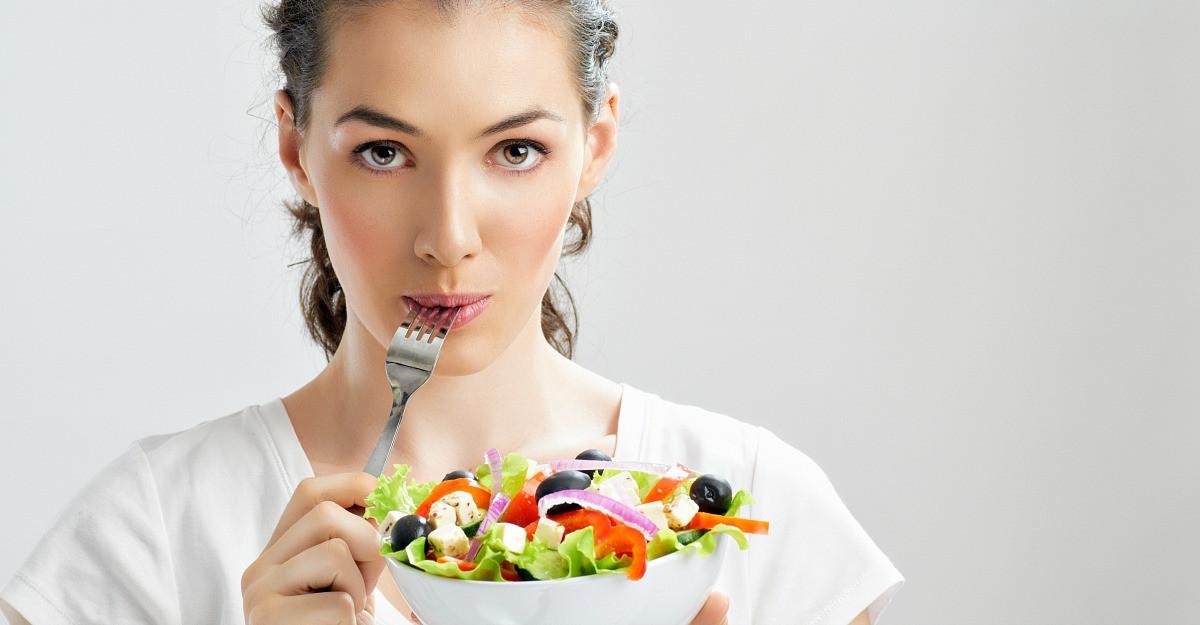 Psihologia alimentatiei: 7 Strategii de mindfulness eating