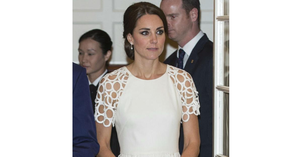 Kate Middleton pleaca de la Palat!