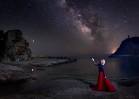 Astrologie: Saturn în Vărsător ne provoacă să evoluăm