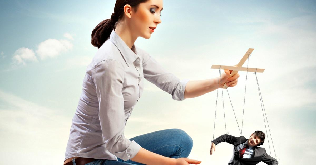 Astrologie: Barbati pe care-i pierzi daca incerci sa-i controlezi