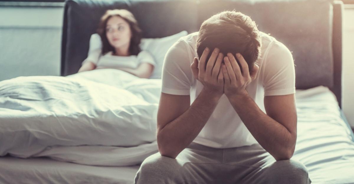 Cum să iubești un bărbat care gândește prea mult