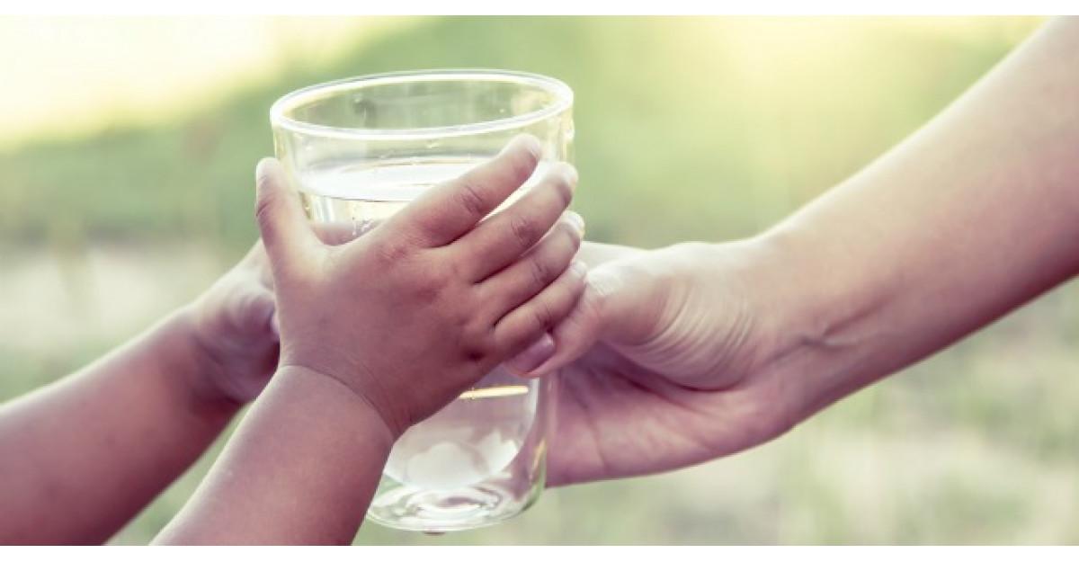 Adevarul despre consumul de apa. Cum iti influenteaza, de fapt, sanatatea