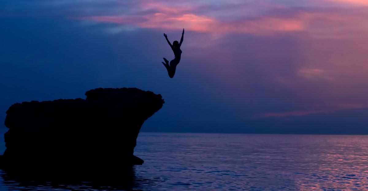 Citate despre curaj: Uneori, chiar și să trăiești e un act de curaj. [Seneca]
